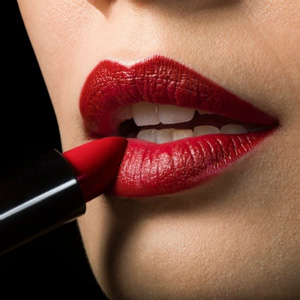 How to Get Rid of Dark Spots on Lips