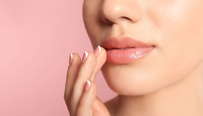 how to remove dark spots on lips