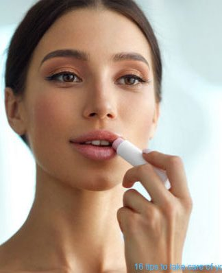 16 tips to take care of your dry lips in winter