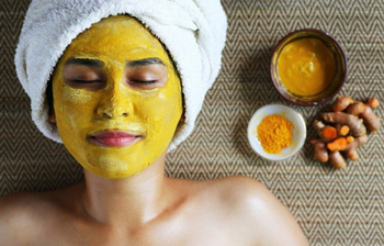 Homemade Face Pack for Glowing Skin in Summer